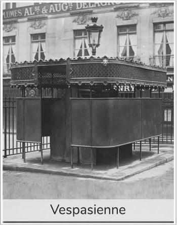 toilettes publiques, urinoir, appelé vespasiennes pour illustrer l'article PCPL sur l'origine du proverbe l'argent n'a pas d'odeur